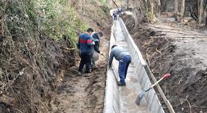 Llay Llay avanza en revestimiento de canal para  apoyar a la pequeña agricultura familiar campesinas