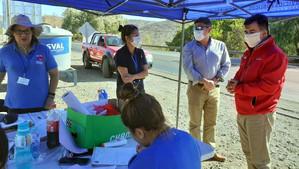 Alcalde de Calle Larga y gobernador de Los Andes visitaron punto de control preventivo del Túnel Cha