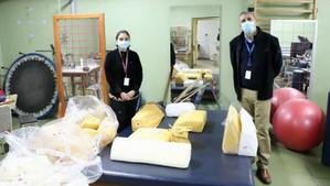Teletón dona cojines para pacientes Covid positivos en hospitales de San Felipe y Los Andes