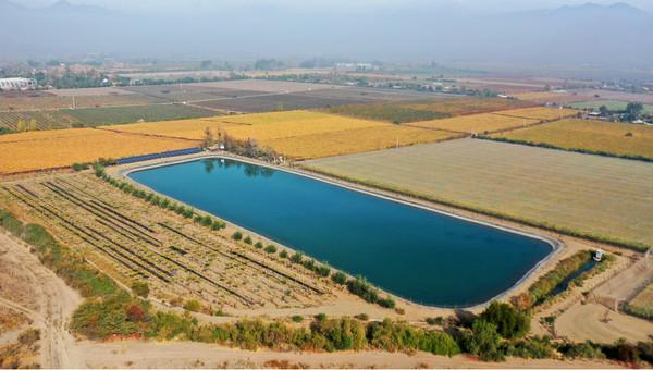 Recuperan tranque que acumula más de 37 mil metros cúbicos de agua para riego