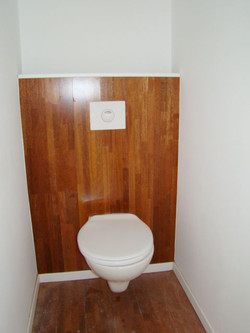 Ap2de-toiletjpg