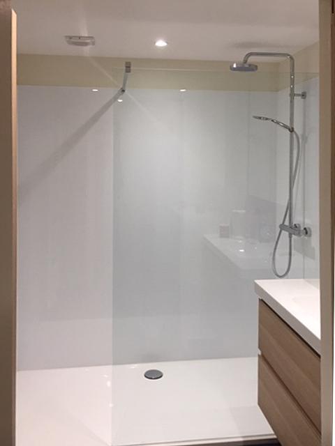badkamer douche frontaal