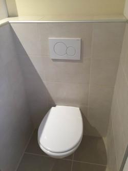 7 toilet