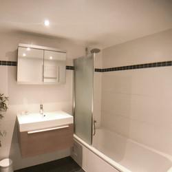 badkamer vanaf linker hoek