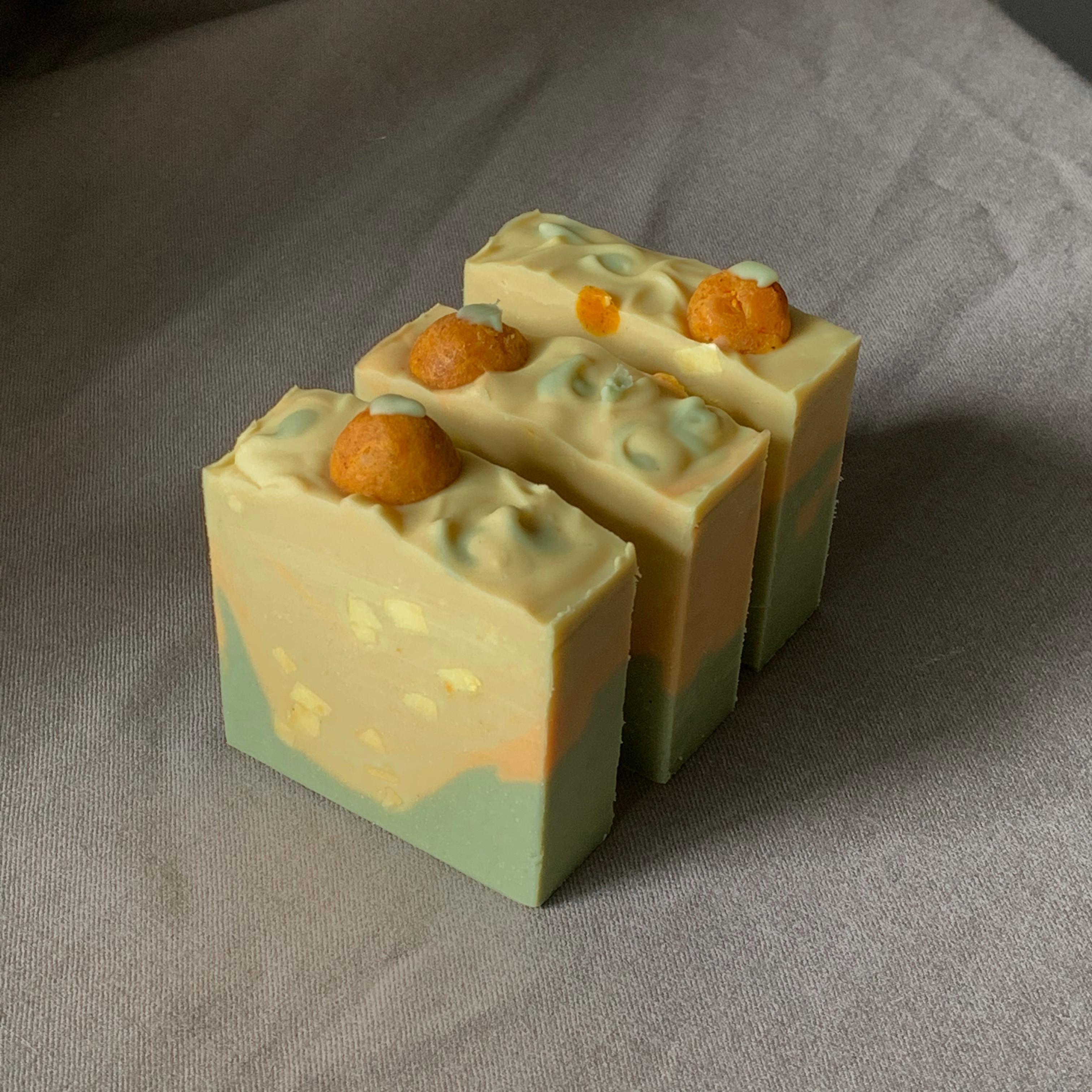 Pomelo Leaf Soap 碌柚葉皂