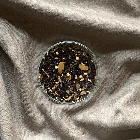 Almondy White 雲呢拿杏仁紅茶