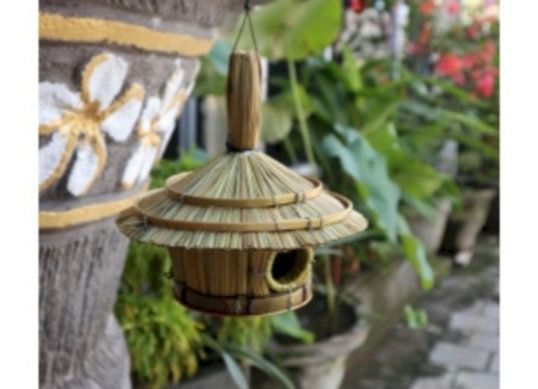Small Round Seagrass Bird Box 17x17cm