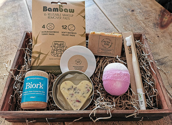 Natural sustainable gift box
