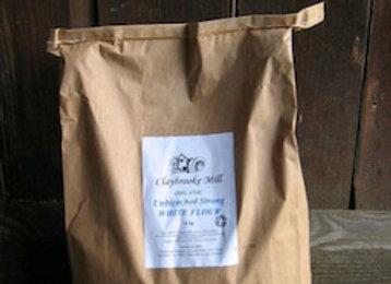 Organic plain soft flour per 100g