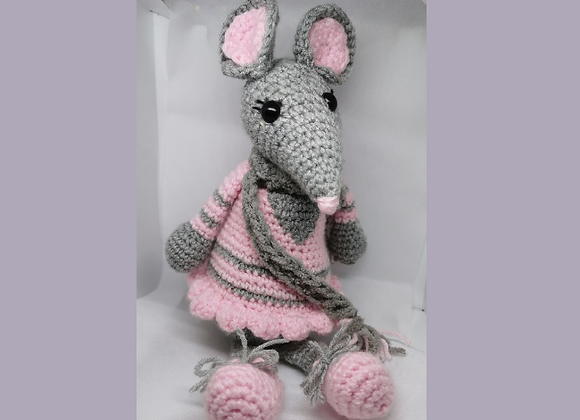 Handmade knitted Mouse