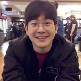 김영진 생활사진_edited.jpg
