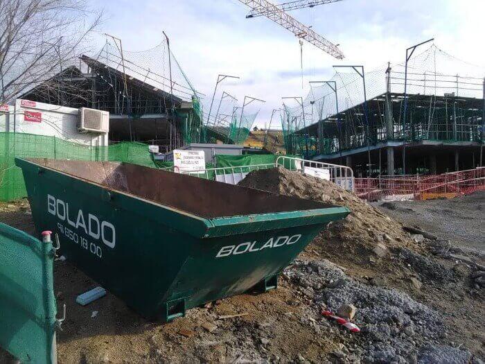 contenedores de obra - manipulacion de escombros