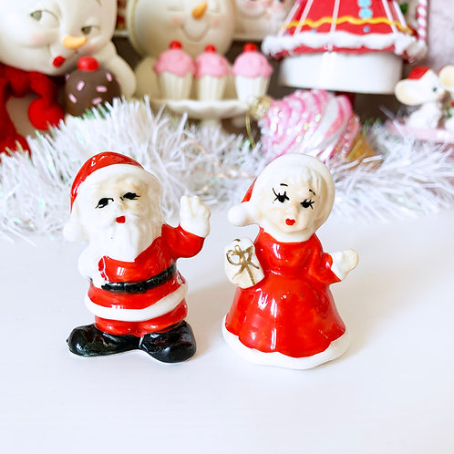 Vintage Mr and Mrs Claus Salt & Pepper Shakers - Made In Japan