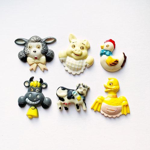 Vintage Plastic Kitsch Farm Animal Magnets Set