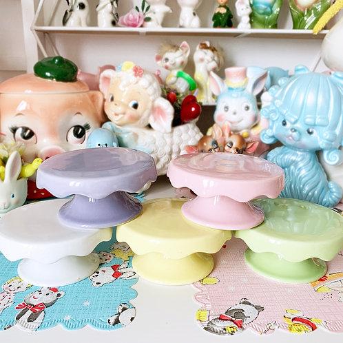Mini Ceramic Pastel Scallop Cupcake Stands