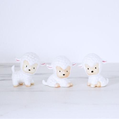 Vintage Kitsch Kawaii Ceramic Lamb Family Of 3