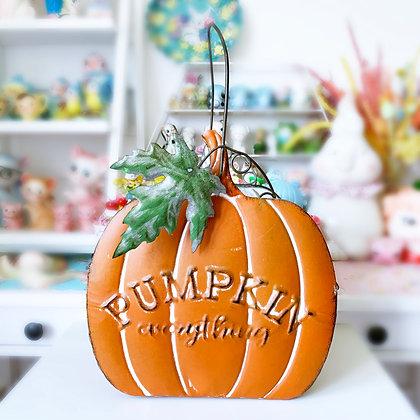 Beautiful Metal Pumpkin Basket