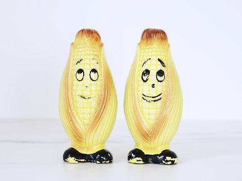Fun Novelty Vintage Corn Salt and Pepper Shakers