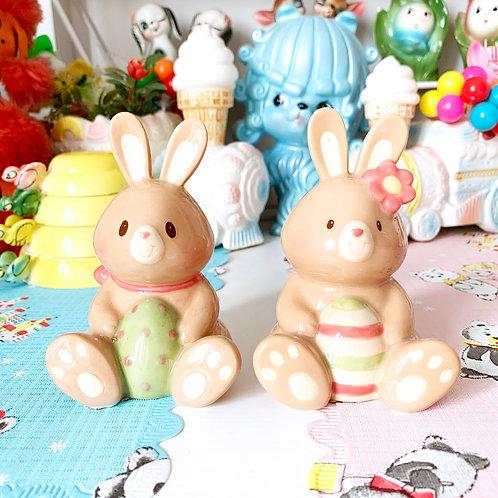 Vintage Bunny Rabbit Easter Salt & Pepper Shaker Set