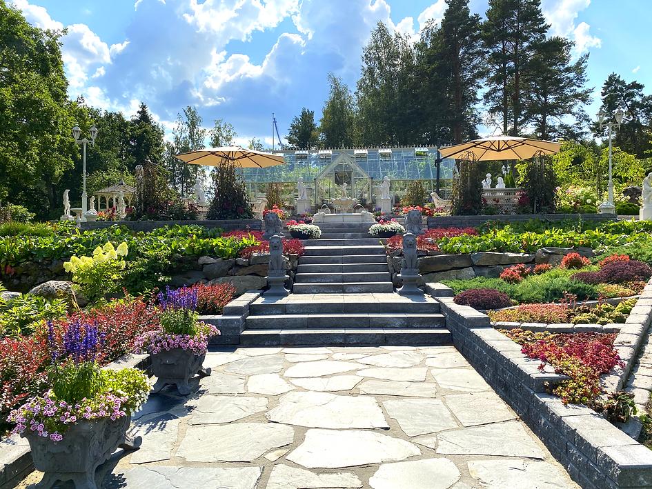 Somero, puutarha, antiikkipatsaat