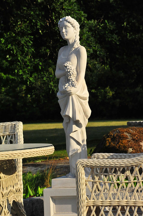 patsasnäyttely, puutarhanäyttely, myyntinäyttely, puutarha, puutarhan taide, puutarhataide, puutarhasuunnittelu, patsaat, suihkulahde, patsas, figuuri, ruukku, kukkaruukku, antiikkipatsaat, vesielementit, vesielementti, neljä vuodenaikaa, The Four Seasons