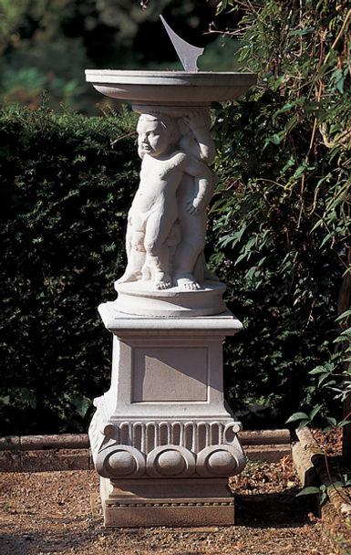 Jacobean Figured Sundial Plinth D280.jpg