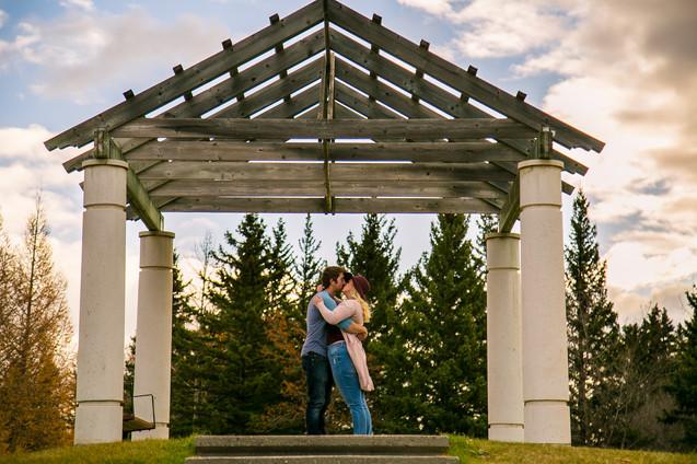 calgary couple engagement-36.jpg