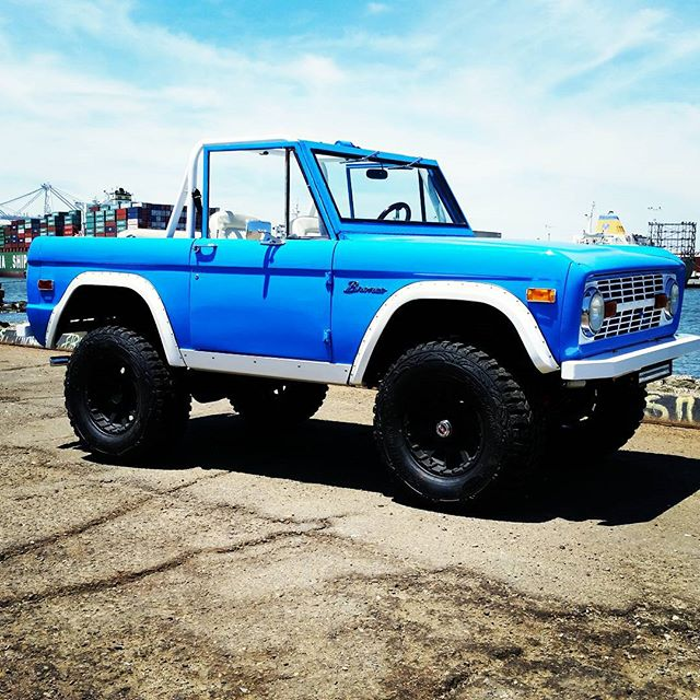 Another Bronco rolling out of the shop today! _Headers, custom exhaust, aluminum radiator, Wilwood b