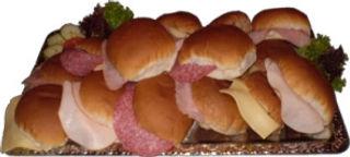 Verse patat,snacks,broodjes, op Uw festijn dan moet U bij Friet uurtje zijn