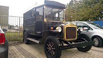 Oldtimer snackwagen Friet-uurtje