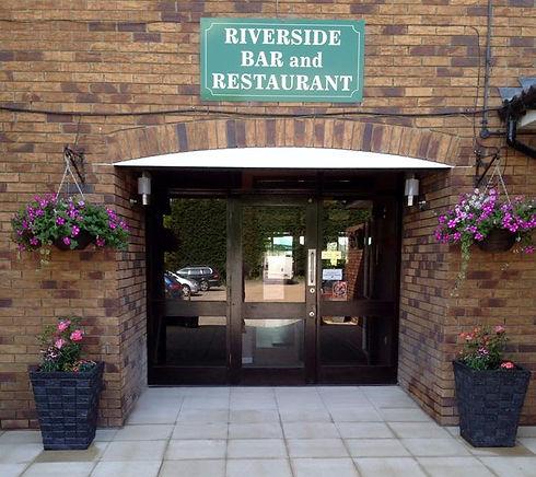 Riverside Bar and Restaurant