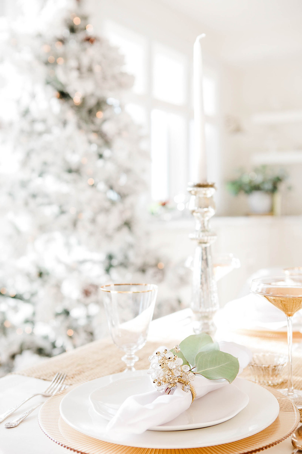 christmas tree and place setting