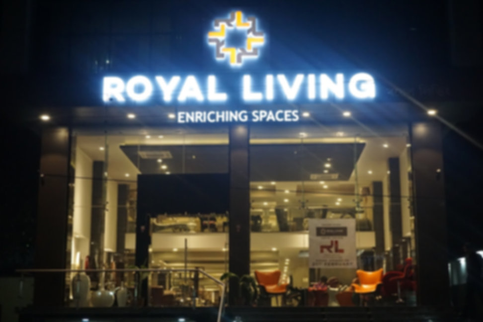 Royal Living Front Look