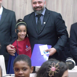 Coral do Crescimento com o Vereador/Presidente Sandro Construforte