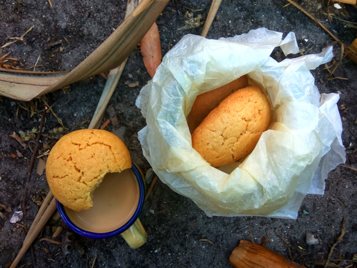 Maize and ginger biscuits