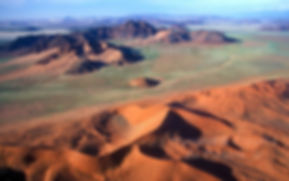 Sand dunes & mountains, aerial view - Namib Desert: landscape010