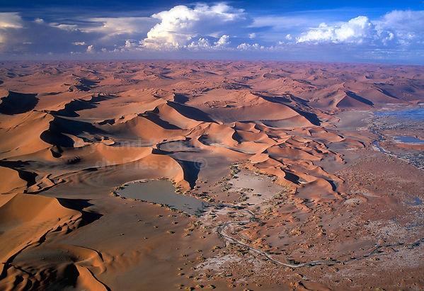 Aerial view of Sossusvlei & dunes: landscape029