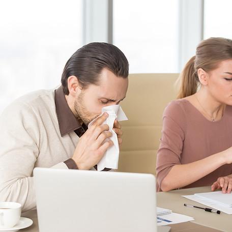 Prehlad na obzorju – vi pa še kar v službo?