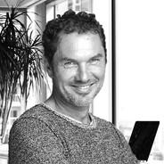Dr. Chris Schäfer