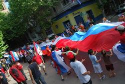 http://photos-e.ak.fbcdn.net/hphotos-ak-snc3/hs051.snc3/13868_1277867261206_1065725963_851106_535889