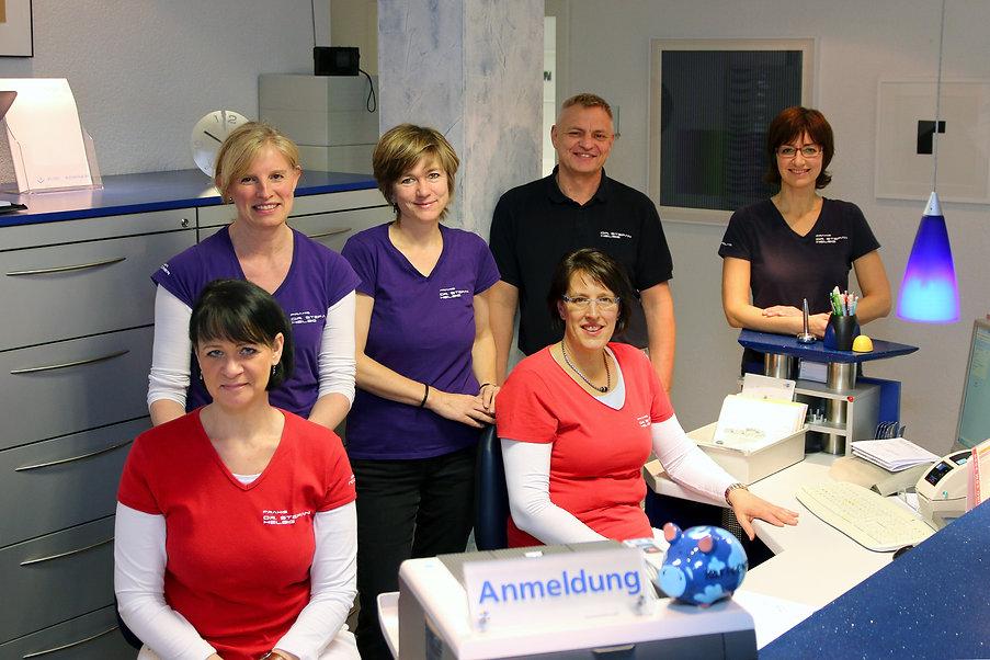 Team Dr Helbig 2.jpg