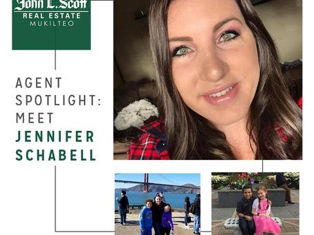 Agent Spotlight: Meet Jennifer Schabell!