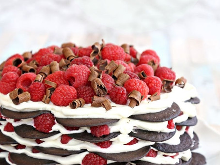 CHOCOLATE RASPBERRY NO-BAKE CAKE