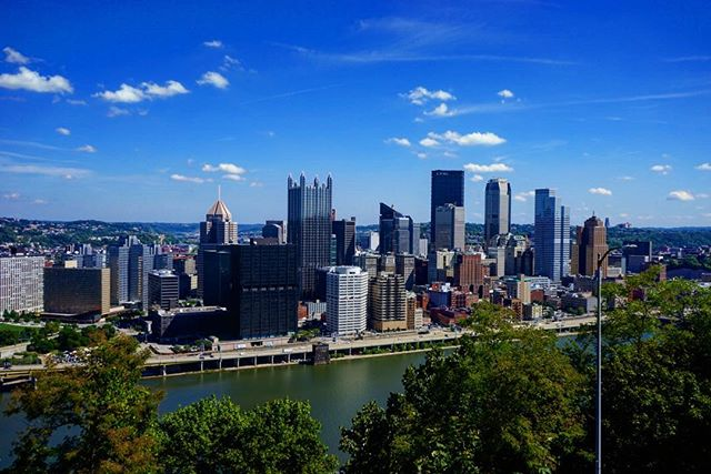 #Pittsburg #city #skyline _ #travel #traveling #photography #city #bluesky #usa