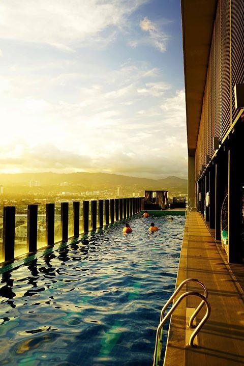 bai hotel cebu swimming pool