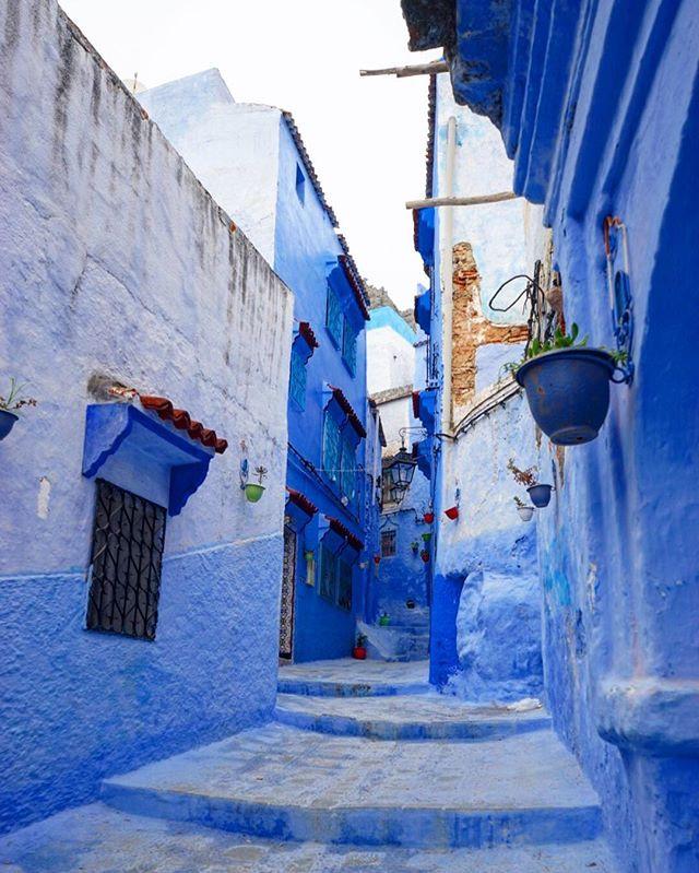 The #blue #streets of #chefchaouen #morocco_#travel #traveling #travelgram #instatravel #wanderlust #backpacking #adventure #world #photogra