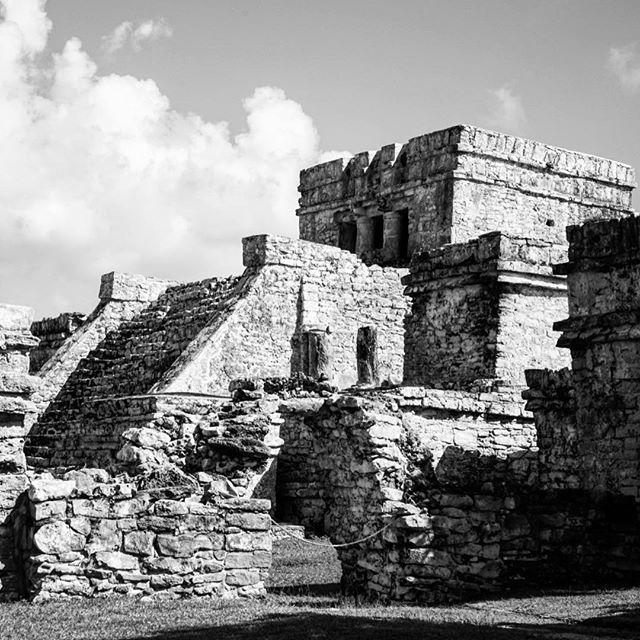 #amazing #architecture at #tulum #ruins _ #blackandwhite _ #centralamerica #mexico -_-_#travel #traveling #travelgram #instatravel #wanderlu