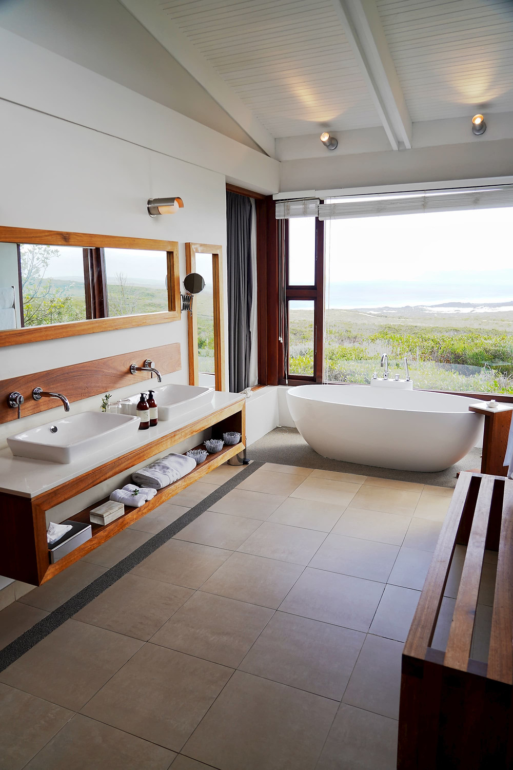 bathroom at forest lodge