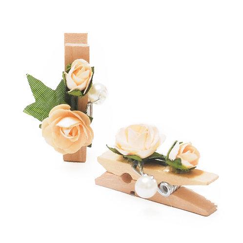Pregador Floral Mini Rosa Botão e Pérola Bege