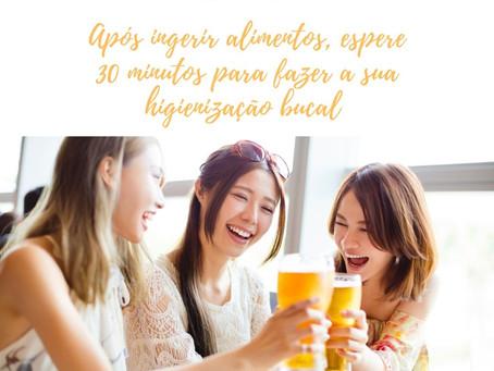 Voce sabia que após ingerir alimentos deve-se esperar 30 minutos para realizar a higienização bucal?